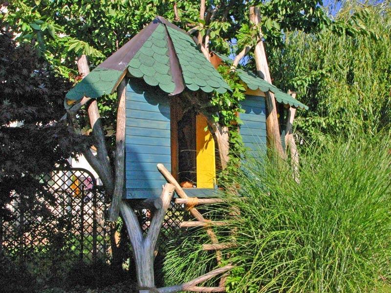 garten und landschaftsbau baumhaus in dresden laubegast baumhaus poid 32 pic 64 g 808 hansel. Black Bedroom Furniture Sets. Home Design Ideas